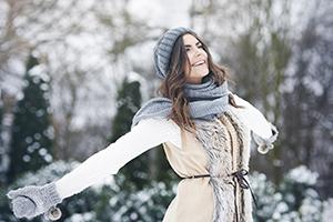 happy-girl-snow